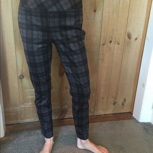 Lightweight pull on plaid pants size 4